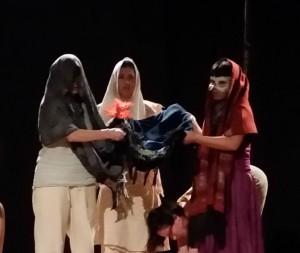 Mujers en Ritual Danza Teatro