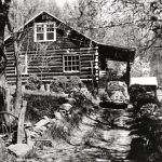 This humble log cabin, which Camille and Dave purchased in the early 70s, was the first incarnation of Azule. (Photo: Azule Archives)